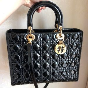 PATENT LEATHER CANNAGE LADY DIOR LARGE BLACK